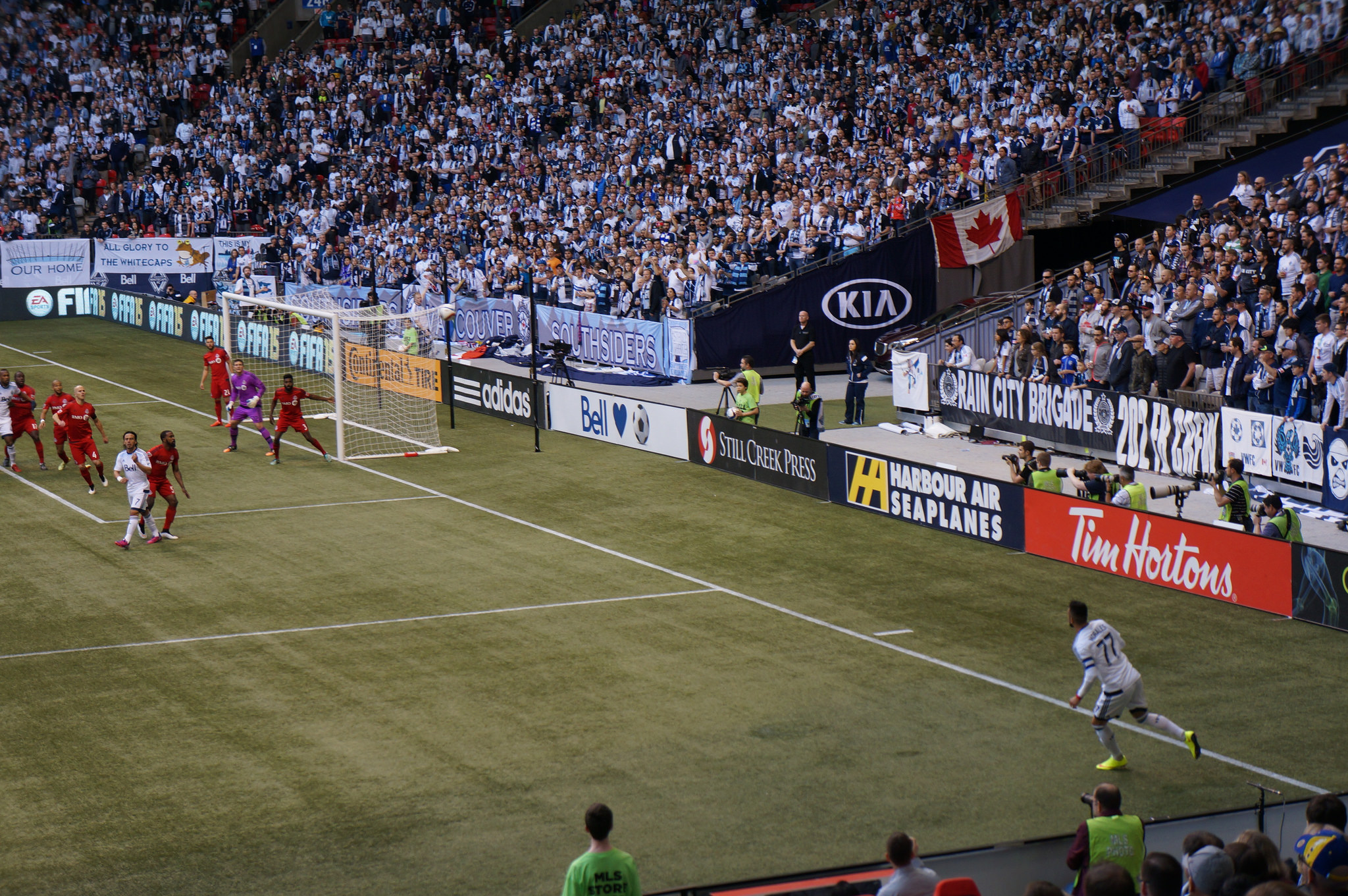 Captain Pedro Morales takes a corner in the Whitecaps' home opener against Toronto FC. (Photo RosieTulips/Flickr)